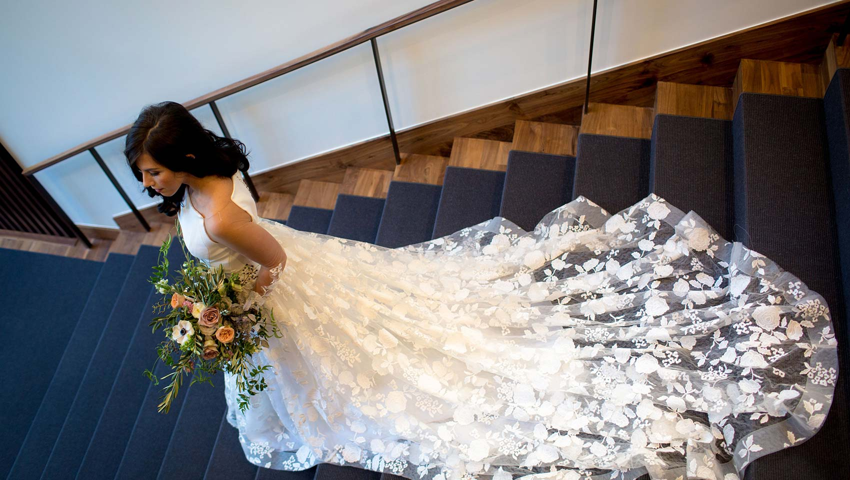 Bridal Pictures on Grand Staircase