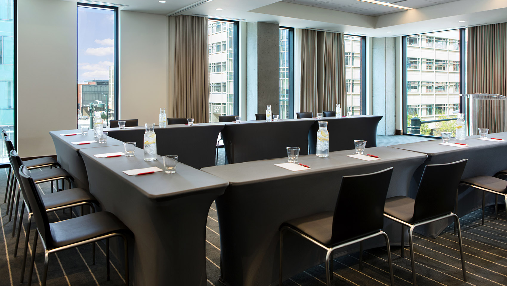 kenosha-boardroom-meeting-classroom-setup-denver-born